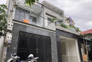 bán nhà gần làng đai học thủ đức